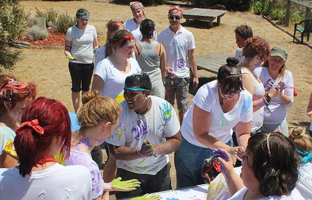 News-Volunteer-Camp-2013